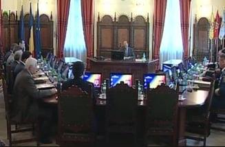 Sase ministri cer CSAT sa analizeze greselile STS in cazul accidentului aviatic