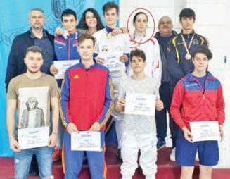 Satmareanul Alexandru Oroian, medaliat cu bronz la spada juniori