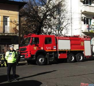 Satu Mare: Un autobuz a luat foc in trafic si a ars complet. Calatorii au reusit sa se salveze la timp