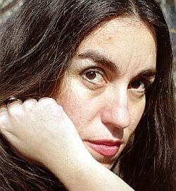 "Saviana Stanescu lanseaza ""Proscrisa"""