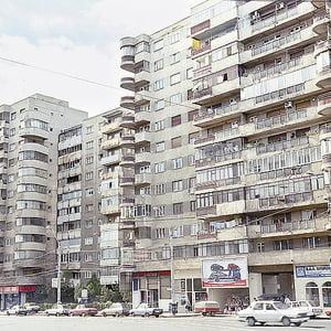 Scad chiriile pentru apartamentele vechi