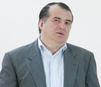Scadal in media: Florin Calinescu versus Lucian Mandruta