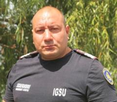 Scafandrul roman care a salvat doua vieti in Bulgaria a fost primit cu aplauze in vama