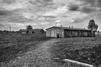 Scandal diplomatic pe lagarele naziste. Parlamentul polonez a votat o controversata lege prinvind Holocaustul