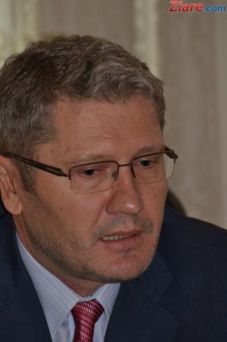 Scandal in PDL: Liviu Negoita, acuzat ca matura organizatiile din Dambovita