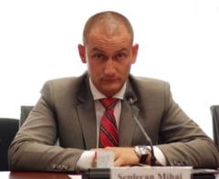 "Scandal in PNL Cluj: Repudiat de colegi, presedintele CJ cere demisia ""senatorului porno"""