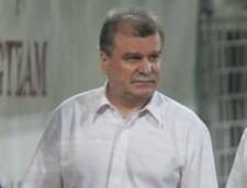 Scandal la Rapid: Dinu Gheorghe vrea sa-si dea demisia