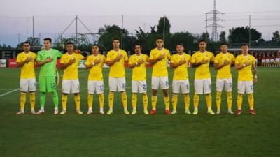 Scandal provocat de fotbaliștii naționalei de tineret a României în avion. Ce au făcut cu stewardesele