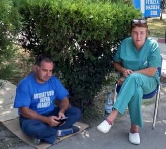 Scandalul ia amploare la Spitalul Universitar: Doi angajati sunt in greva foamei, un director a demisionat, Corpul de Control face verificari