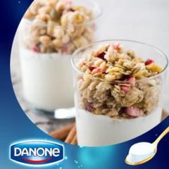 Scandalul laptelui toxic: Danone retrage preventiv din magazine tone de iaurt (Video)