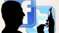 Scandalul momentului pentru Facebook: Reteaua incurajeaza pirateria de filme