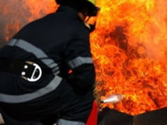 Scanteile unui flex au provocat un incendiu de proportii la Voitinel