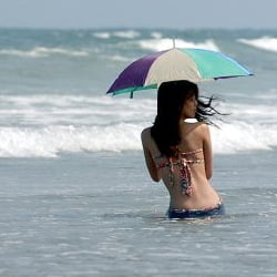 Scapam de ploi, vine canicula - 36 de grade la umbra