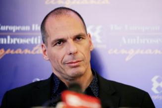 Scenariu inedit: S-a prefacut fostul ministru de Finante grec ca este nebun?