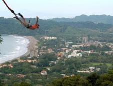 Scene de groaza in Spania: O adolescenta a murit in timp ce facea bungee jumping