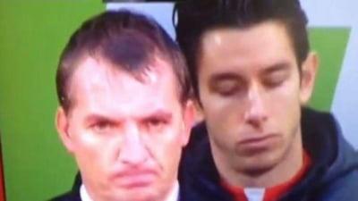 Scene de pomina: Portarul de rezerva al lui Liverpool adoarme in timpul meciului (Video)