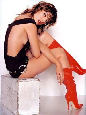 Scenele de sex din ultimul film au lasat-o pe Milla Jovovich in lacrimi