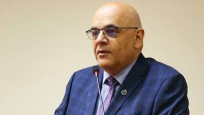 Schimb de replici intre ministrul Vela si Arafat, legate de cazul fetitei in coma de la Valcea tinuta cu orele in UPU
