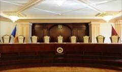 Schimbare de garda: Noii judecatori CCR isi preiau luni mandatul