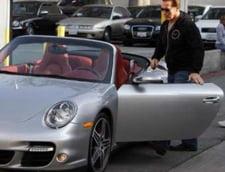 Schwarzenegger si-a parcat Porsche-ul intr-o zona interzisa