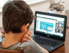 Scoala 75 din Bucuresti intra partial in sistemul online, la doua zile de la inceperea cursurilor in format fizic