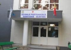 Scoala Postliceala Sanitara Slatina angajeaza administrator financiar