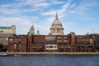 Scolile primare din Londra au fost inchise, in urmatoarele doua saptamani, din cauza noii tulpini de coronavirus