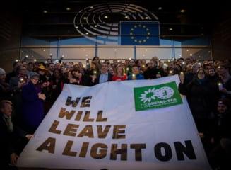 Scotia va continua sa arboreze drapelul UE in fata Parlamentului dupa Brexit si cere un nou referendum pentru independenta