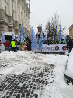 "Se anunta noi proteste. Lider de sindicat: ""Doar in strada se pot rezolva problemele. PSD-istii au banii in conturi in strainatate"""