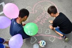 Se cauta mentori pentru copiii din centrele de plasament: Lumea nu se schimba de pe-o zi pe alta, dar poti incepe cu 2 ore pe saptamana