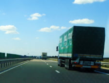 Se crapa si putinele autostrazi pe care le avem. Cat vor dura reparatiile la singurul sector al Autostrazii Lugoj-Deva pe care se poate circula