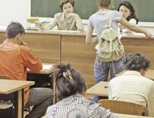 Se intorc copiii emigrantilor: zeci de mii de elevi au revenit in scolile din tara