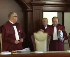 Se schimba judecatorii Curtii Constitutionale: Cine va conduce CCR pana va fi ales un nou presedinte