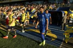 Se schimba regulile in Premier League: Fotbalistii pot fi eliminati daca protesteaza