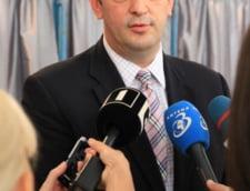 Se strang semnaturi pentru demiterea primarului sectorului 6, Rares Manescu