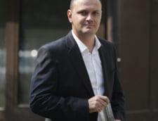 Sebastian Ghita, sub control judiciar. E acuzat de complicitate la spalare de bani in dosarul in care e cercetat si Ponta (Video)