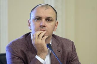 Sebastian Ghita a fost retinut la Belgrad. S-a legitimat cu acte false