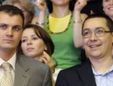 Sebastian Ghita il insoteste pe Ponta la Bruxelles (Video)