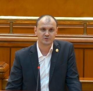Sebastian Ghita s-a inscris in PRU: Oricine si l-ar dori pe Ponta presedinte de partid