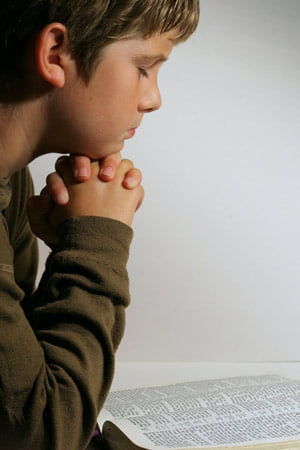 Secolul XXI va fi religios sau nu va fi deloc (Opinii)
