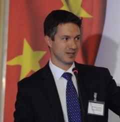 Secretar de stat din Ministerul Economiei, eliberat din functie de Ciolos: Va candida din partea USR