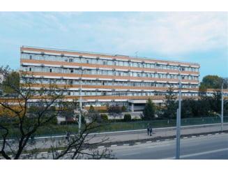 Sectiile ATI din spitalele Vaslui si Barlad nu mai au locuri libere pentru pacientii cu COVID-19