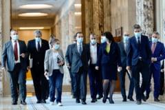 Sedinta de Guvern: pe ordinea de zi, un proiect de reducere a varstei de pensionare cu 13 ani pentru anumite categorii de persoane