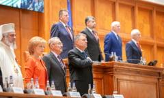 Sedinta solemna in Parlament pentru Ziua Nationala: Apeluri la unitate, laude pentru diaspora si intepaturi cu iz patriotic intre partide