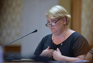 Sefa TVR castiga cu aproape 1.000 de euro mai mult ca Iohannis. Isi plateste diurna la nivel de ministru