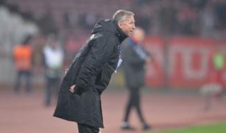Sefii lui CFR Cluj si-au pierdut rabdarea cu Dan Petrescu - ce i-au cerut antrenorului