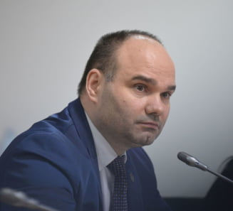 Seful AEP, somat sa explice public de ce a cerut demiterea a doi directori in prag de alegeri prezidentiale
