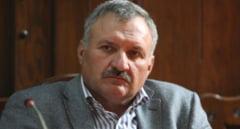 Seful Directiei Agricole Mures si un om de afaceri, retinuti de DNA, sunt cercetati sub control judiciar