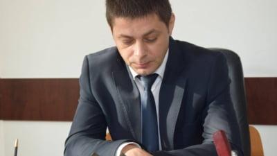 """Seful Inspectoratului Scolar Botosani: """"Nu uitati ca sufletul si mintea nu vor purta niciodata masca"""""""