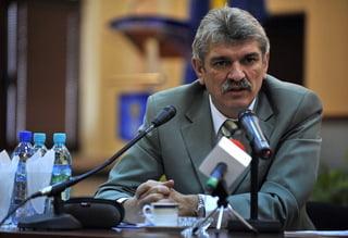 Seful STS, decorat de Basescu - Ponta ii ceruse demisia in cazul tragediei din Apuseni